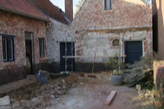 kaleien en het restaureren van een verouderde woning